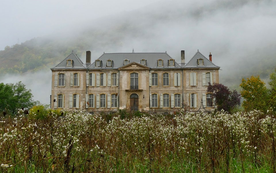 Renovating a castle to its former glory – Welcome to Chateau De Gudanes