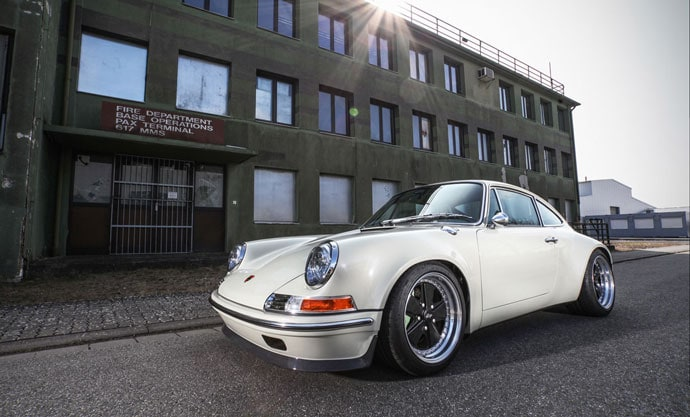 Porsche 911 - Nostalgy in perfection by KAEGE