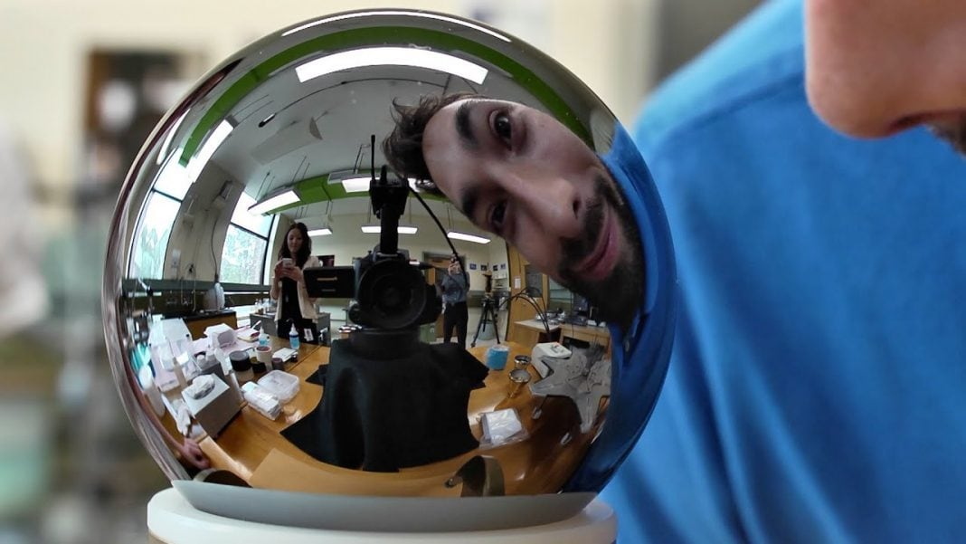 The world's roundest object of exactly one kilogram