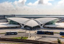 The TRe-designing an old airport into a modern hotelWA terminal at the JFK Airport in New York is a brilliant example of how old airports around the world are being re-designed for new purposes. The TWA hotel stays true to Eero Saarinen's original design and will transport you right back to 1962.