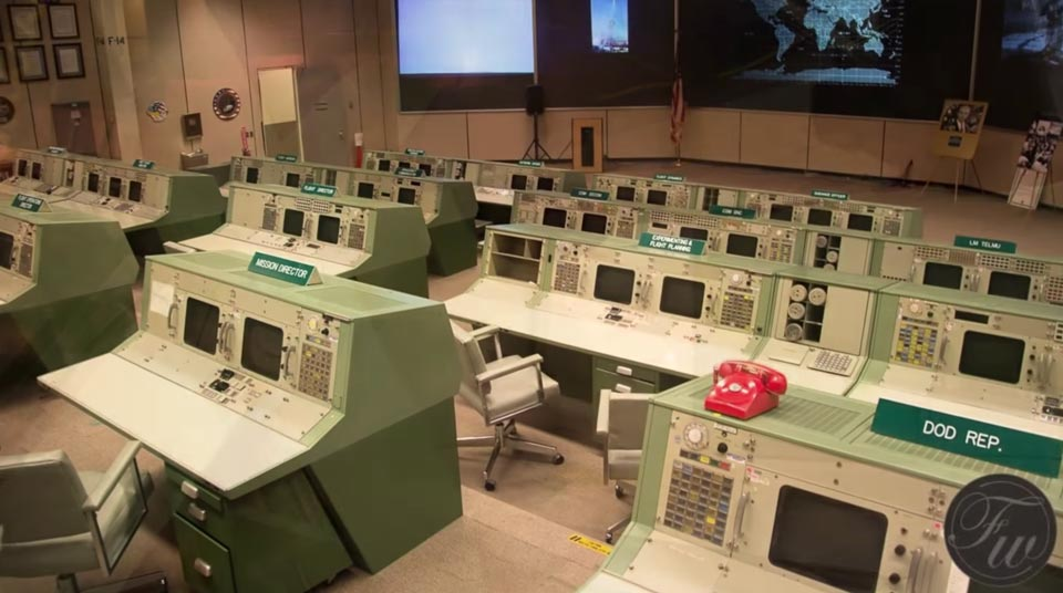 color scheme is also the one used by NASA in the control room used for solving the problems for Apollo 13
