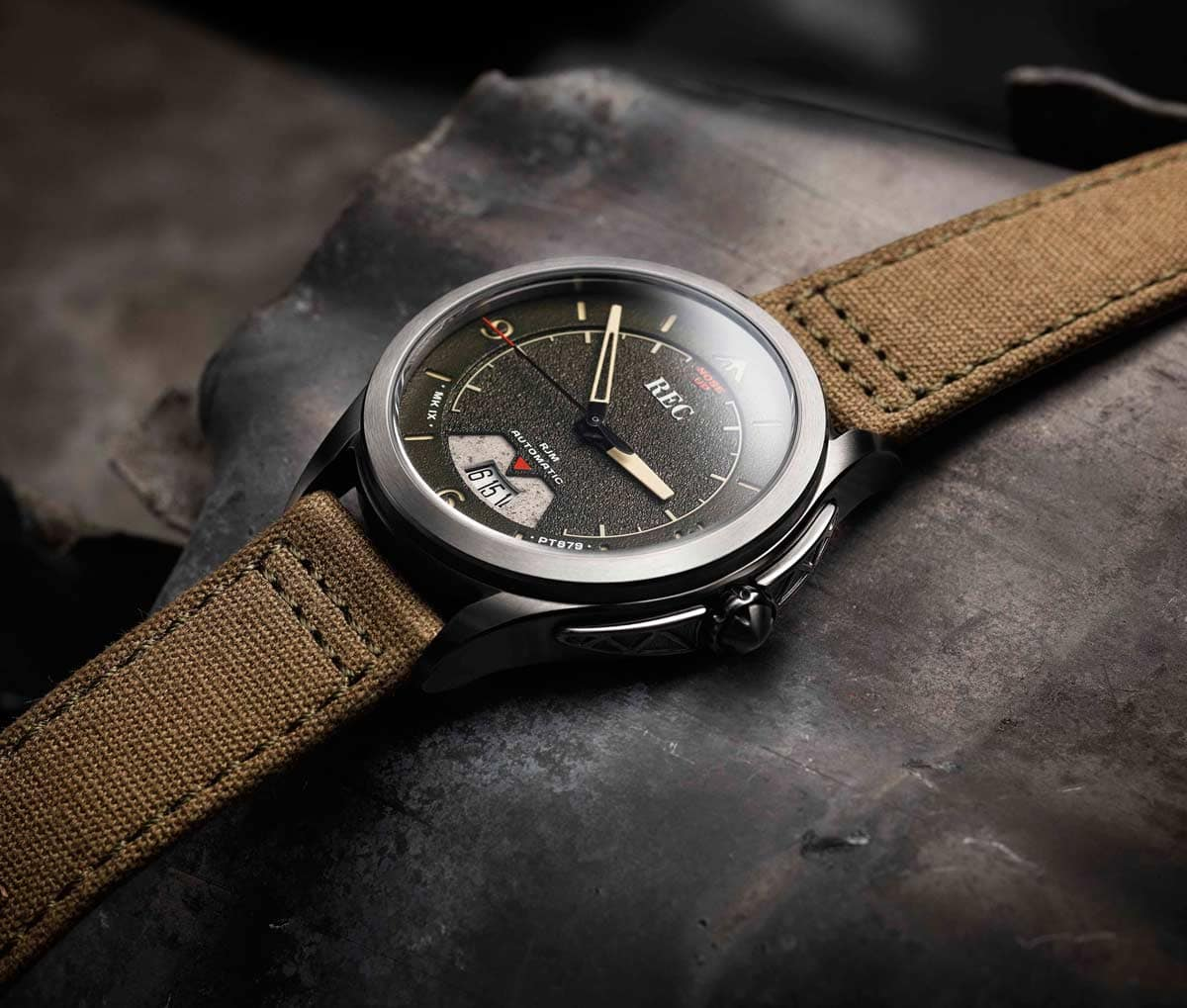 From crashed Spitfire aircraft to unique timepiece