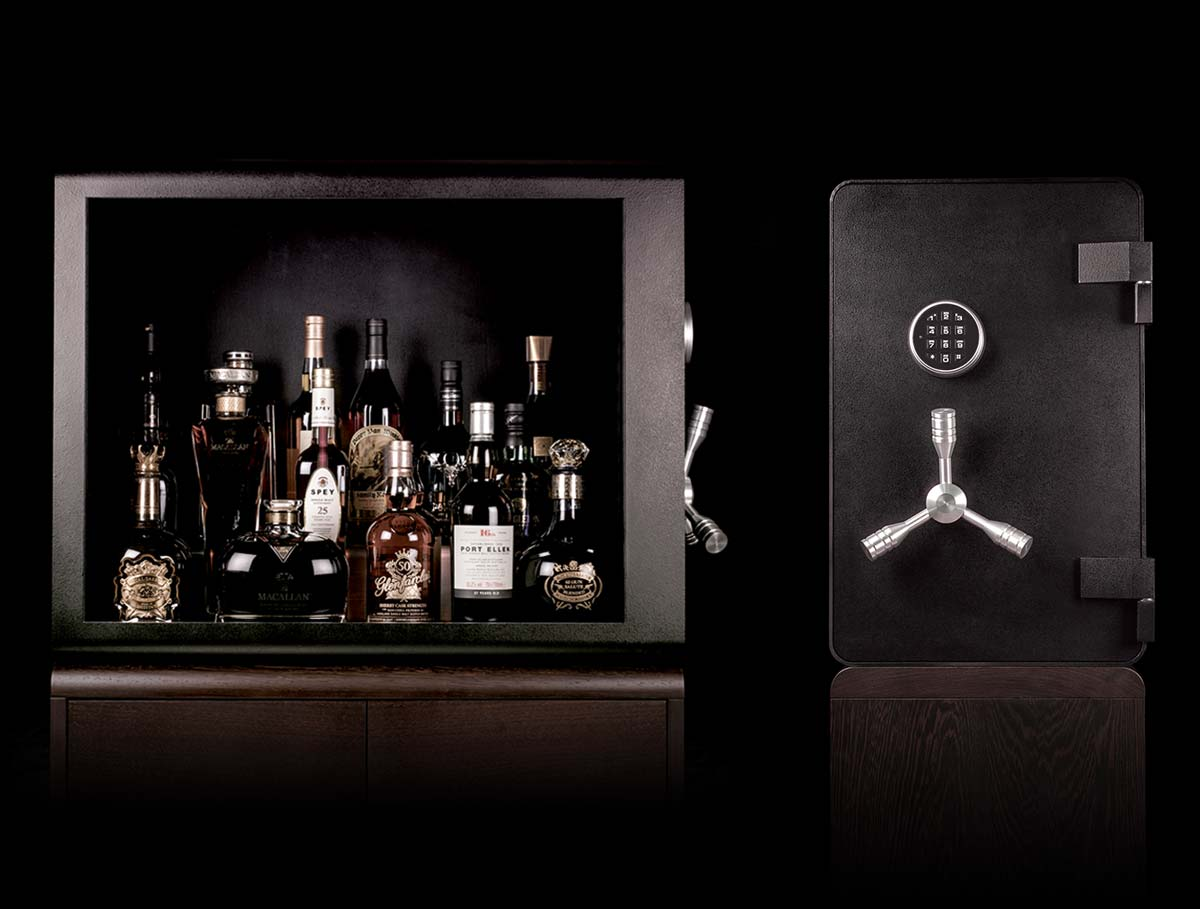 This Whisky Vault provides a high level of security for your best bottles