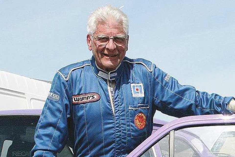 The world's oldest race car driver
