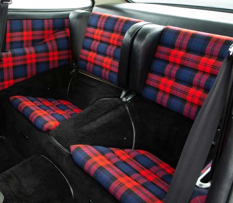 Classic 930 interior