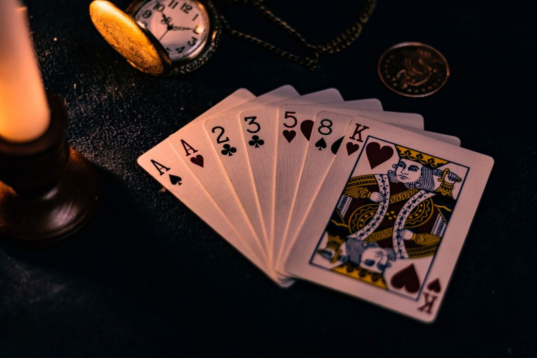 Find tilbage til pokerens rødder med en omgang 5 Card Draw