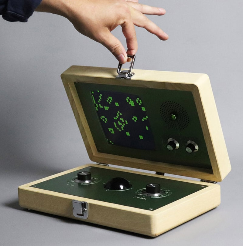 """Game of Life"" with Love Hultén's Evoboxx"