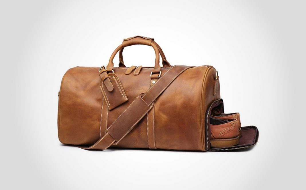 Full grain leather travel bag by LeatherFocus
