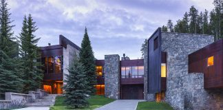 Casteel Creek Retreat: western-themed mansion in Colorado
