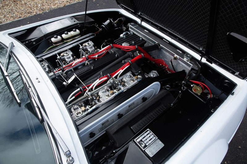 3.9 liter 3,929 cc V-12 Lamborghini engine producing 350 bhp at 7,500 rpm