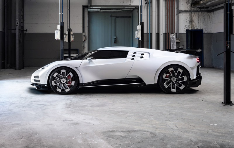 Ultra limited Bugatti Centodieci Coupe: 1,600 hp piece of art