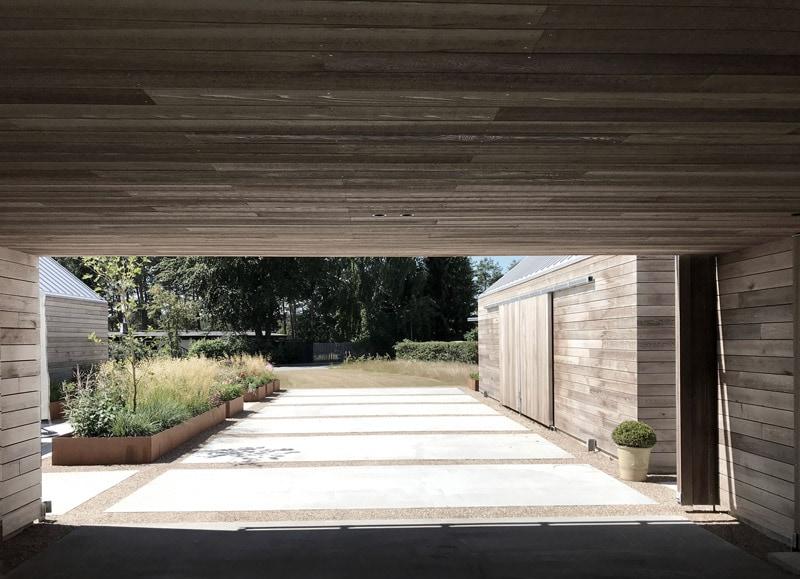 Casa Ry: Reinterpretation of classic farmhouse design