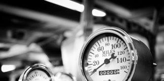 Best Classic Gauges For your Classic Car stewart warner gauges