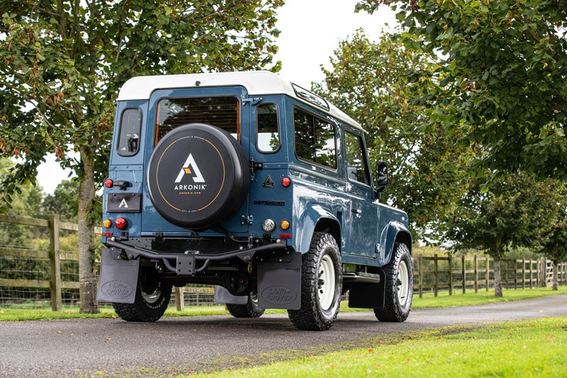 Land Rover Defender D90 restoration by Arkonik