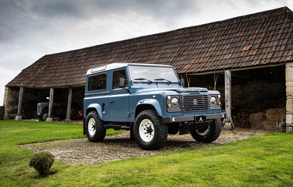 Land Rover Defender D90 Reincarnation by Arkonik