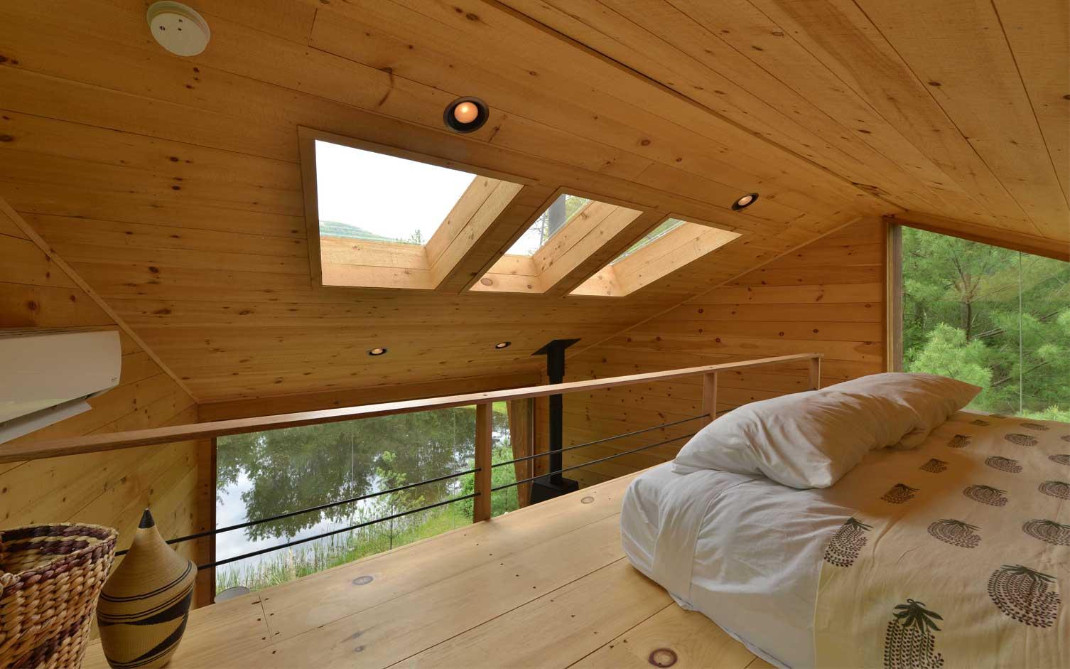 Modern treehouse design by Antony Gibbon Woodstock