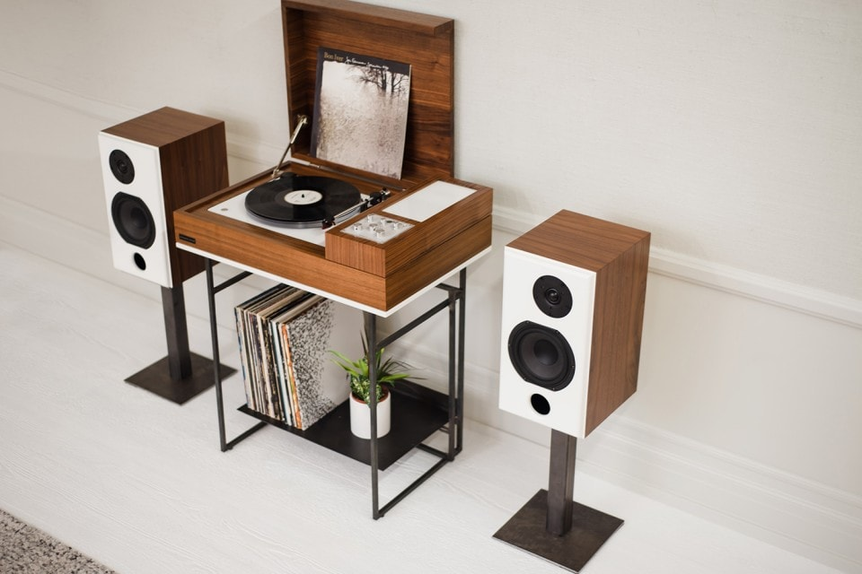 Turn Table Nostalgy From Wrensilva Includes SONOS