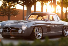 Custom Mercedes 300SL Gullwing With a Modern Engine An Chassis