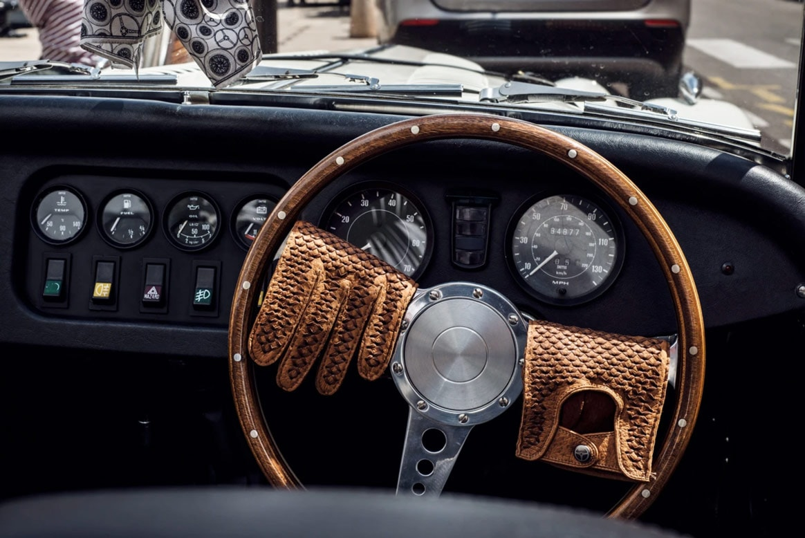 The 13 Best Classic Leather Driving Gloves For All Seasons