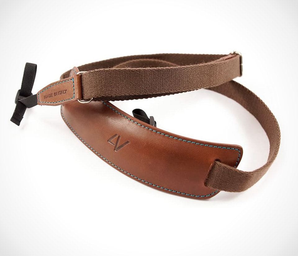 Cotton strap with leather pad by 4V Design