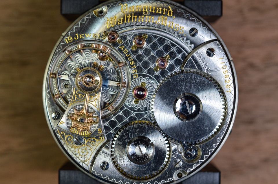Jewels in watch movement