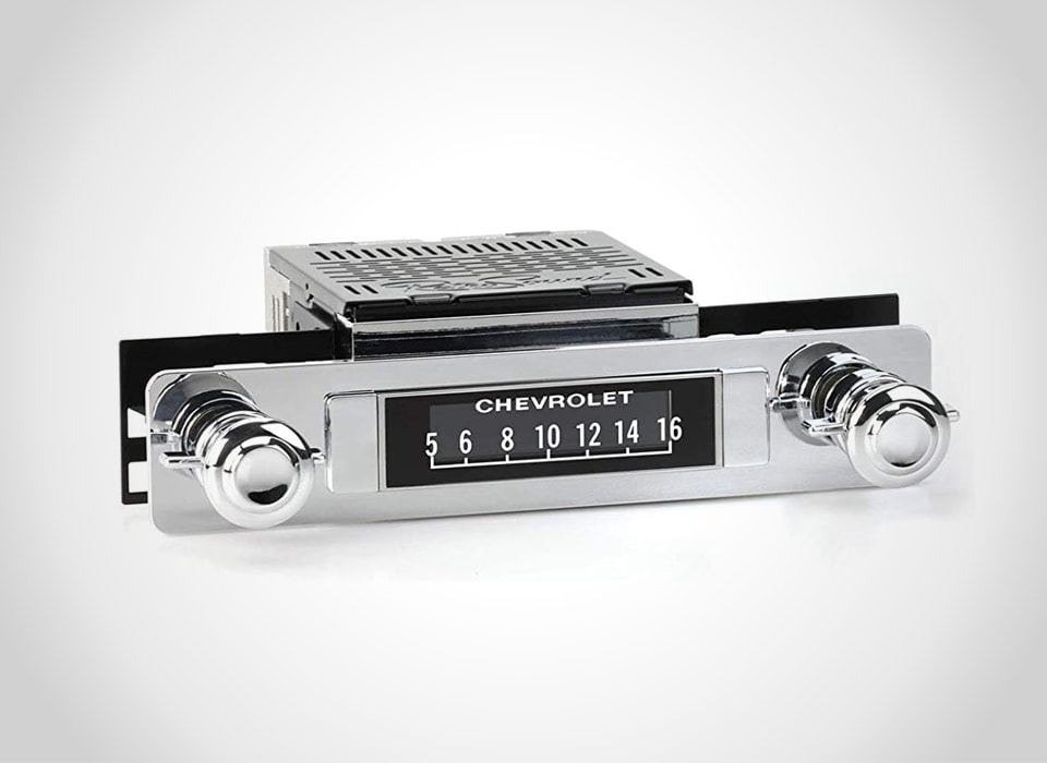 Chevrolet in-dash stereos