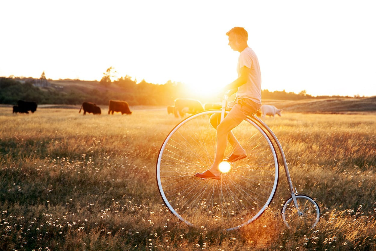 Story About The Incredible High-Wheel Bicycle