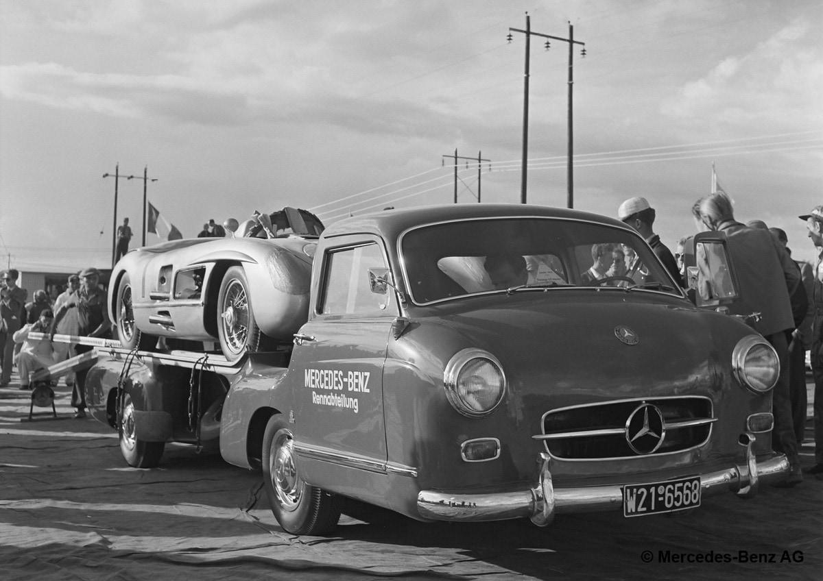 Mercedes Benz Racing car-transporter 1955