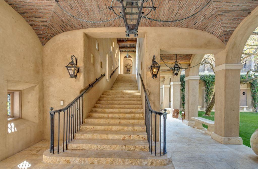 Naples Luxury Homes